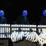 Blue Man Group op de Uitmarkt in Amsterdam